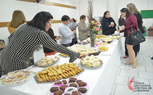 """Foto 2ª edição do Chá """"Mulheres que perfumam"""""""