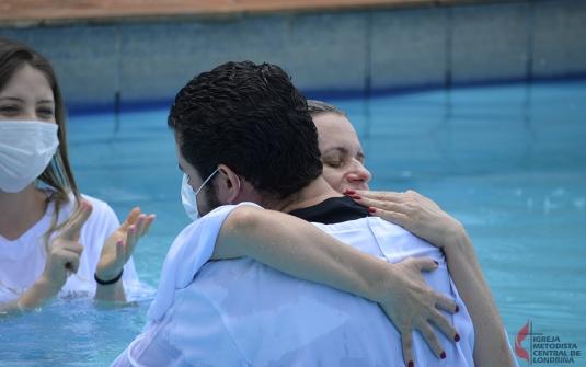 Foto Batismo Ponto Missionário Londrina Leste