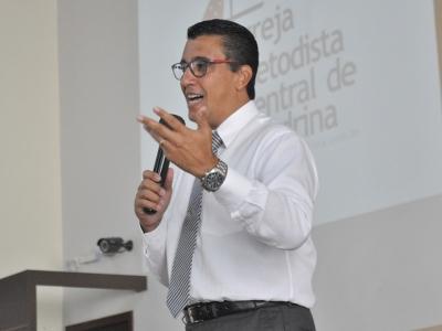 Pr. Don Carlo R. Reina
